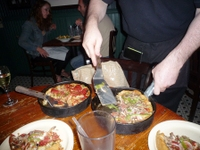 Chicago_pizza1