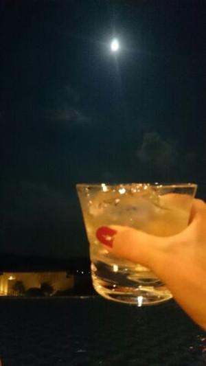 Miracle_moon_2
